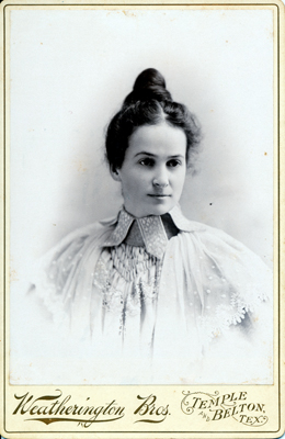 A young Victorian-era Texas woman